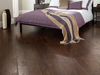 EW02-Bedroom-450x450px
