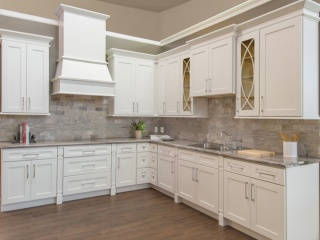 webgallery_shaker_white_kitchen-display