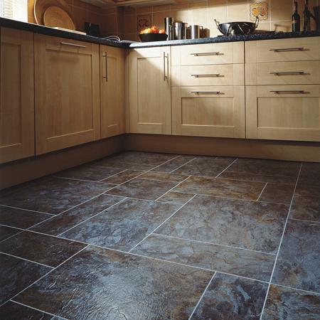 Fitting floor tiles